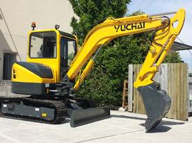 Yuchai YC55SR (Zero Swing) Mini Excavator - picture12' - Click to enlarge