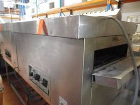 Hawk Electric Conveyor Oven - picture2' - Click to enlarge