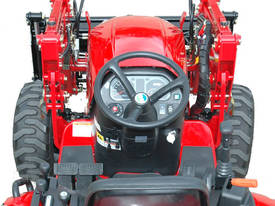 TYM 273 27 hp 4wd Tractor - picture1' - Click to enlarge