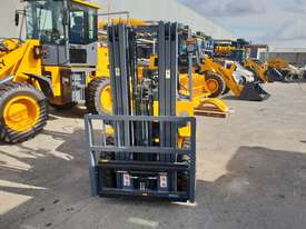 Victory VF25G Std dual fuel Forklift - picture1' - Click to enlarge