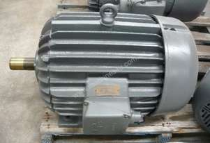 POPE 40HP 3 PHASE ELECTRIC MOTOR/ 2900RPM