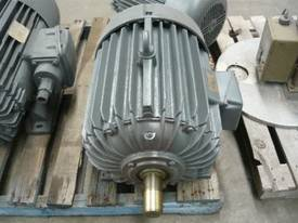 POPE 40HP 3 PHASE ELECTRIC MOTOR/ 2900RPM - picture1' - Click to enlarge