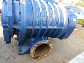 AIR BLOWER ROOTS RRG4000 - picture1' - Click to enlarge