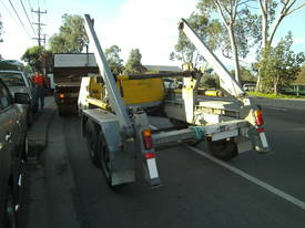 Galvanised cable drum trailer , with drum drive - picture1' - Click to enlarge