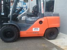 HYSTER NISSAN  TOYOTA  5TON DIESEL HIRE OR BUY  - picture8' - Click to enlarge