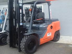 HYSTER NISSAN  TOYOTA  5TON DIESEL HIRE OR BUY  - picture9' - Click to enlarge
