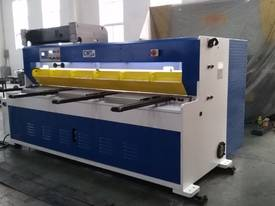 CMT HYDRAULIC GUILLOTINE | 6MM CAP | 2500MM LENGTH | PROGRAMMABLE BACK GAUGE - picture2' - Click to enlarge