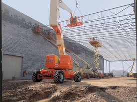 800AJ Articulating Boom Lift JLG  - picture4' - Click to enlarge