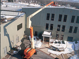 800AJ Articulating Boom Lift JLG  - picture11' - Click to enlarge