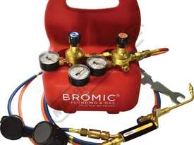 1811167-1 Professional Oxyset Portable Brazing & Welding System - picture0' - Click to enlarge