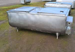 1,550lt STAINLESS STEEL TANK, MILK VAT