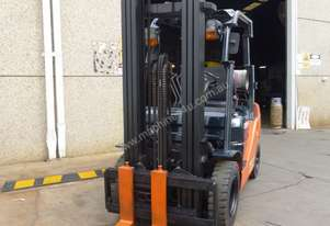 LPG High Reach Toyota Forklift