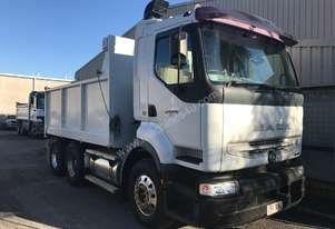 DRY HIRE RENTAL, MACK 10m3 15 TON TANDEM TIPPER