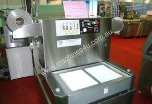 Vacuum & Gas Flush Tray Sealer