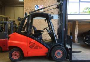 LINDE 2009 roll out diesel 5 ton 5.4m
