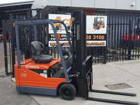 Toyota Electric Forklift 5FBE18 4700mm Lift Container Entry Fresh Paint & Serviced - picture0' - Click to enlarge