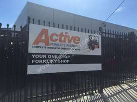 Toyota Electric Forklift 5FBE18 4700mm Lift Container Entry Fresh Paint & Serviced - picture9' - Click to enlarge