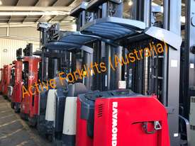 Toyota Electric Forklift 5FBE18 4700mm Lift Container Entry Fresh Paint & Serviced - picture11' - Click to enlarge