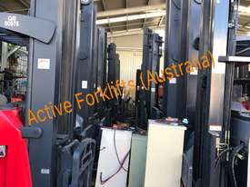 Toyota Electric Forklift 5FBE18 4700mm Lift Container Entry Fresh Paint & Serviced - picture12' - Click to enlarge