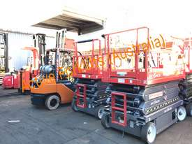 Toyota Electric Forklift 5FBE18 4700mm Lift Container Entry Fresh Paint & Serviced - picture14' - Click to enlarge