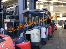 Toyota Electric Forklift 5FBE18 4700mm Lift Container Entry Fresh Paint & Serviced - picture15' - Click to enlarge