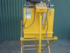 Electric brick saw - picture0' - Click to enlarge