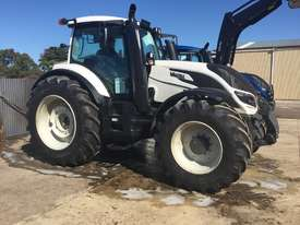 Valtra  T234D FWA/4WD Tractor - picture1' - Click to enlarge