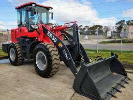 2020 Titan TL30, 8500kg Operating Weight, 3000kg Capacity - picture0' - Click to enlarge