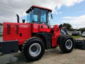 2020 Titan TL30, 8500kg Operating Weight, 3000kg Capacity - picture2' - Click to enlarge