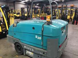 Ride-on Sweeper/Scrubber - picture1' - Click to enlarge