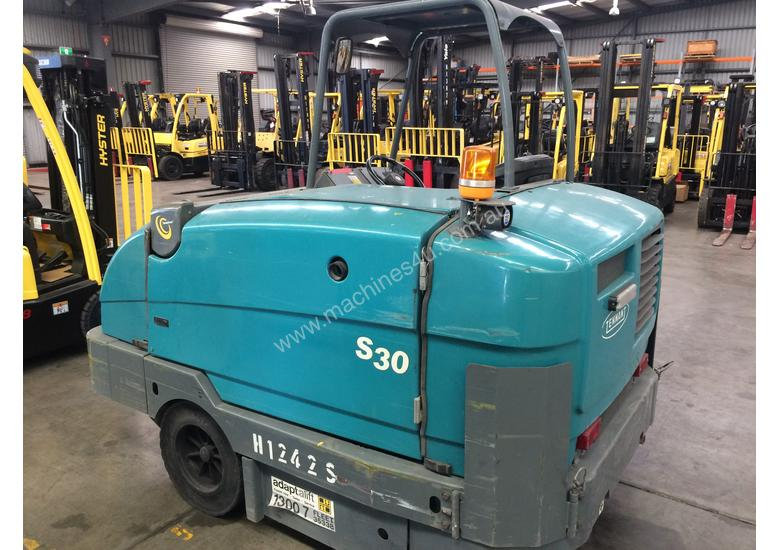 Ride-on Sweeper/Scrubber