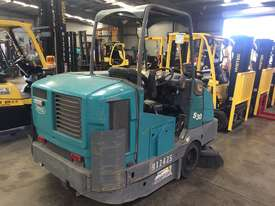 Ride-on Sweeper/Scrubber - picture2' - Click to enlarge