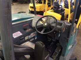 Ride-on Sweeper/Scrubber - picture4' - Click to enlarge