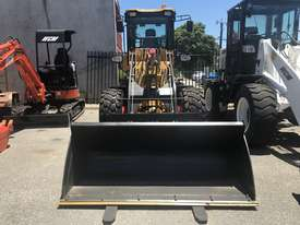 Brand New WCM 920 5ton Wheel Loader Lift Capacity: 1.5Ton - picture1' - Click to enlarge