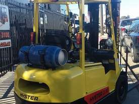 Hyster Forklift 2.5 Ton 4300mm Lift Container Mast Side Shift LPG $13000+gst - picture0' - Click to enlarge
