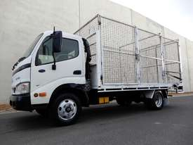 Hino Dutro Road Maint Truck - picture0' - Click to enlarge