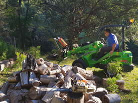 Avant 523 Mini Loader W/ Log Grab - picture0' - Click to enlarge