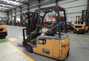 CAT 1.8T Used Electric 3-Wheel Forklift GP1518TBCB