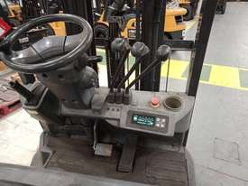 CAT 1.8T Used Electric 3-Wheel Forklift GP1518TBCB - picture2' - Click to enlarge