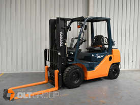 Toyota Forklift 8FG25 2.5 Tonne Forklift Container Mast Current Model Low Hours - picture1' - Click to enlarge