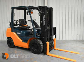 Toyota Forklift 8FG25 2.5 Tonne Forklift Container Mast Current Model Low Hours - picture3' - Click to enlarge