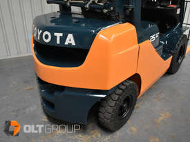 Toyota Forklift 8FG25 2.5 Tonne Forklift Container Mast Current Model Low Hours - picture8' - Click to enlarge
