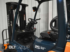 Toyota Forklift 8FG25 2.5 Tonne Forklift Container Mast Current Model Low Hours - picture12' - Click to enlarge