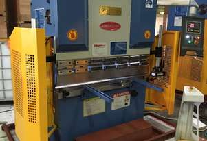 1320mm x 40Ton - 2 Axis NC Programmable Pressbrake