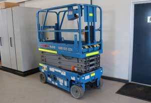 Scissor Lift - 19' (7.79m) Narrow Electric