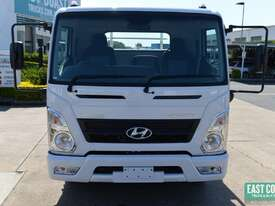 2019 Hyundai MIGHTY EX6  Tray Dropside   - picture1' - Click to enlarge