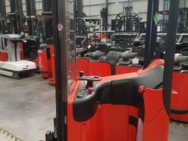 Used Forklift:  E10 Genuine Preowned Linde 1t - picture1' - Click to enlarge
