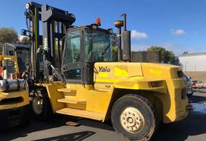Yale   16 ton forklift