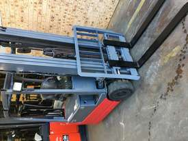 Forklift Nichiyu FBT18 4.7m Container Mast 2016 New Batt Like New Performance  - picture11' - Click to enlarge