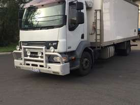 FREEZER TRUCK_10 PALLET/TAILGATE (FOR SALE) - picture0' - Click to enlarge